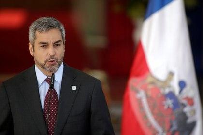 En Paraguay, el presidente Mario Abdo Benitez fue uno de los afectados por el dengue (Reuters)