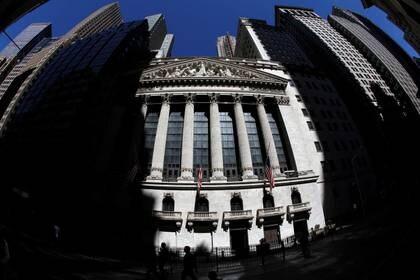 Wall Street sube tras dos días de fuertes bajas impulsado por tecnológicas
