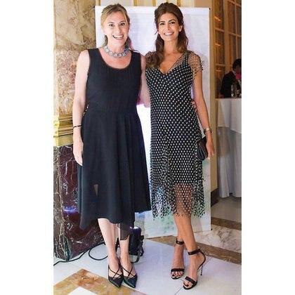 Juliana Awada con un vestido muy similar al que usó para el G20, con Constanxa Oxenford, fundadora y directora ejecutiva de Fundación Germinare.