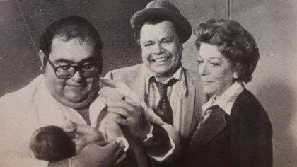 """Junto con Edgar Vivar y Angelines Fernández, con quienes también trabajó en """"El chavo del 8"""", protagonizó la taquillera película """"El Chanfle"""", en 1979 (Foto: Twiter)"""