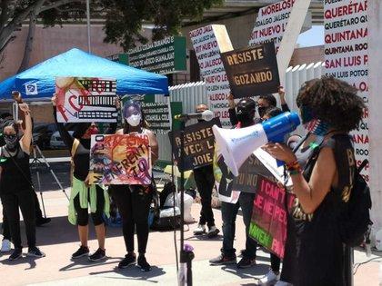 Los jóvenes pidieron justicia por la muerte de George Floyd (Foto: EFE)