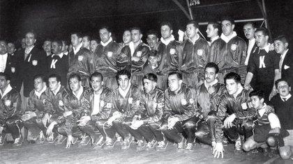 El plantel de básquet de Argentina campeón del mundo en 1950