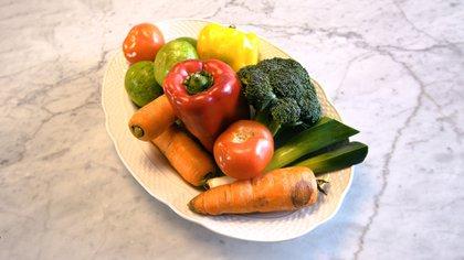 Es importante la incorporación de frutas y verduras a la dieta para reducir la HA