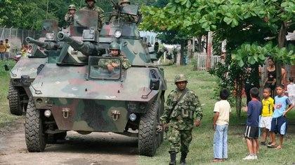 Liberan a 100 militares retenidos en Argelia, Cauca