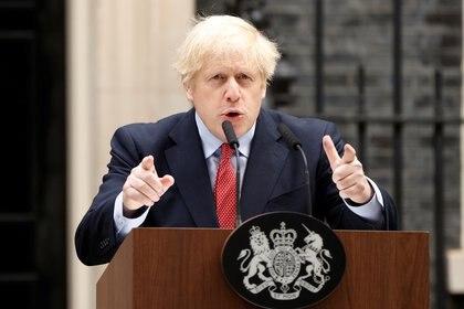 El día de regreso a la actividad de Boris Johnson, tras haber superado el contagio de coronavirus (REUTERS/John Sibley)