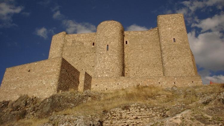 El castillo Segura de la Sierra, lugar del que surge la expresión â??a seguro se lo llevaron presoâ?