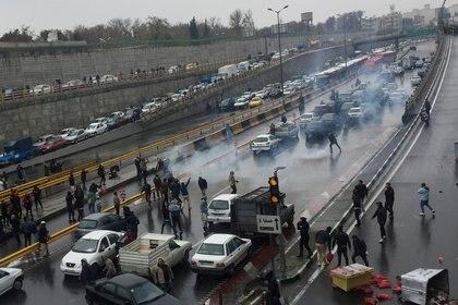 Bloqueo de rutas en Teherán