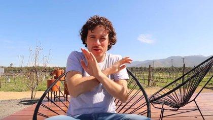 El youtuber Luisito Comunica reapareció tras la polémica que protagonizó a inicios de esta semana (Foto: Caputura de pantalla de Youtube)
