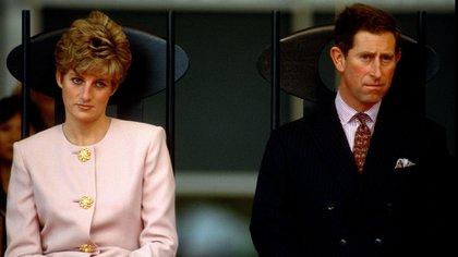 Lady Di y Carlos de Inglaterra se casaron en 1981 tras seis citas