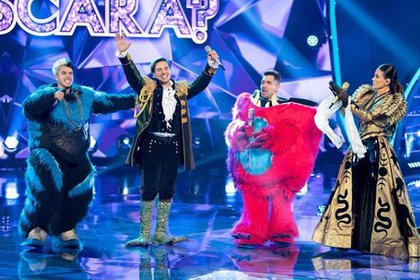 Mario Bautista, Vadhir Derbez y Paty Manterola en ¿Quién es la máscara?  (IG: quien llamó)
