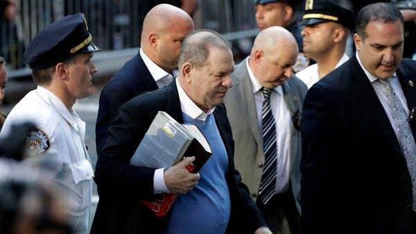 Harvey Weinstein se entregó a las autoridades el 25 de mayo pasado (AP Photo/Julio Cortez)