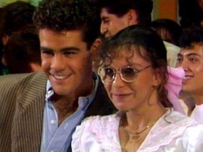 """Mariana Garza y Eduardo Capetillo tenían un romance en """"Alcanzar una estrella"""" (Captura de pantalla)"""