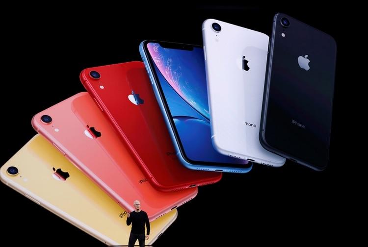 Si se cumplen las predicciones, entonces el iPhone recién se dará a conocer en octubre o noviembre. (REUTERS/Stephen Lam/File Photo)