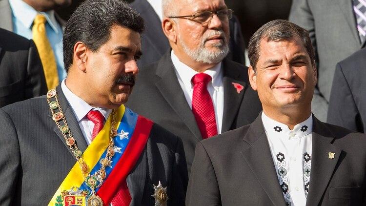 Lenín Moreno acusó a Nicolás Maduro y Rafael Correa de orquestar un intento de golpe de Estado en su contra (EFE)