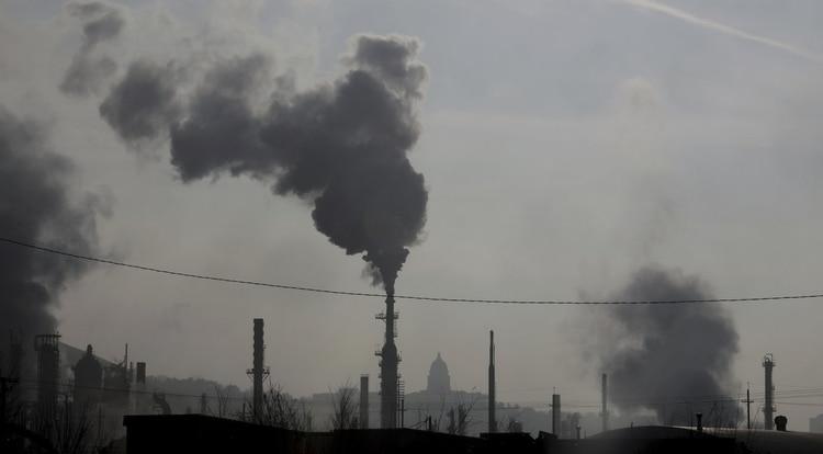 La contaminación en la Ciudad de México causa contingencias ambientales frecuentemente. (Foto: AP)