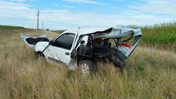 Así quedó la camioneta del conductor que murió después del choque (@aleginart)