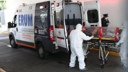 Hasta el 21 de septiembre México registró de 700,580 casos y 73,697 fallecimientos de coronavirus (Foto: EFE)
