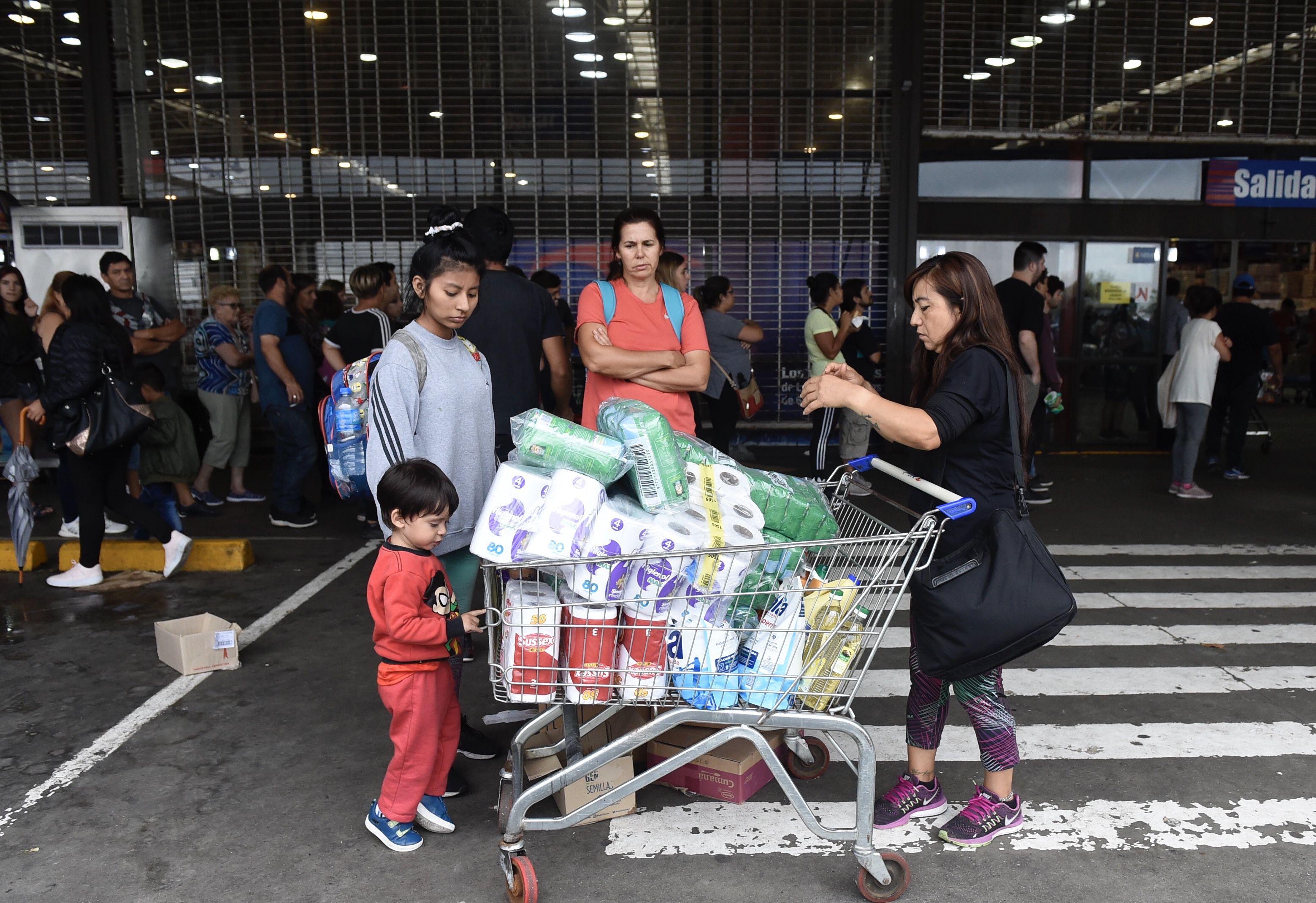 El papel higiénico fue uno de los productos más vendidos durante el pasado fin de semana (Marcos Gómez)