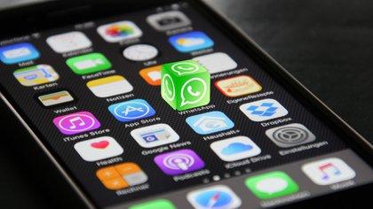 Por el momento, el envío de código de verificación se encuentra en la versión beta de WhatsApp para iPhone. (Foto: Archivo)