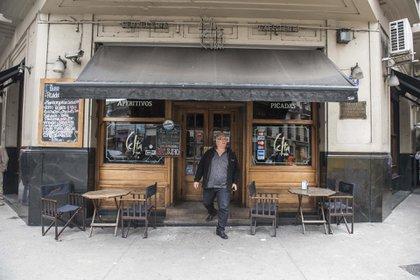 Desde 1941 está abierto Celta Bar ubicado en la esquina de la calle Sarmiento y Rodríguez Peña