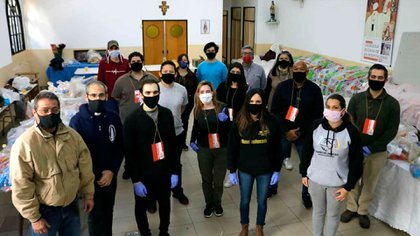 La Embajada del gobierno interino de Venezuela en Argentina entregó ayudas a más de 800 familias de ese país