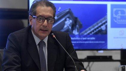El presidente del Banco Central, Miguel Pesce, encargó la producción de billetes a Brasil y a España