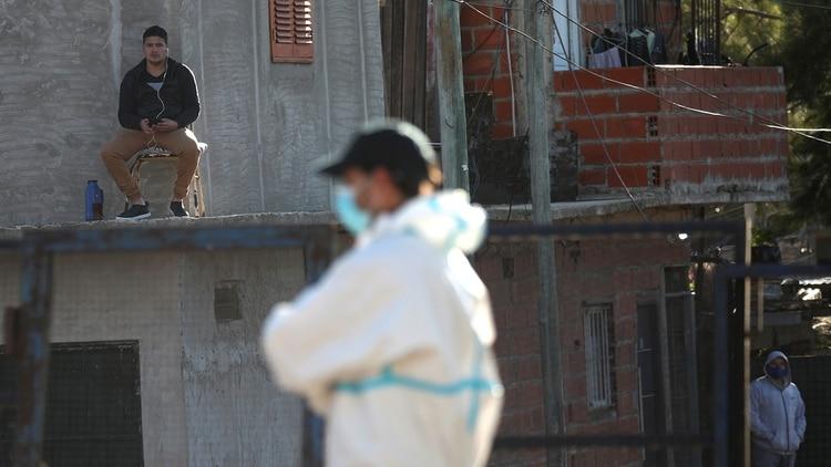 La Villa Azul es uno de los focos donde se disparó el contagio del coronavirus en la provincia de Buenos Aires (Reuters)