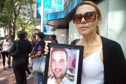 Rosa Chacón denunció el asesinato de su hijo Genyill
