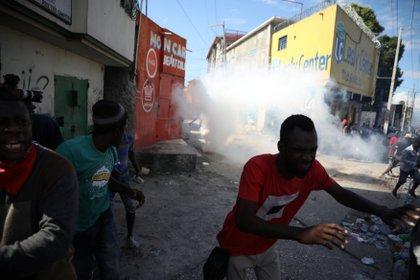 La represión a las protestas causó varias decenas de muertos en los últimos meses (REUTERS/Andres Martinez Casares)