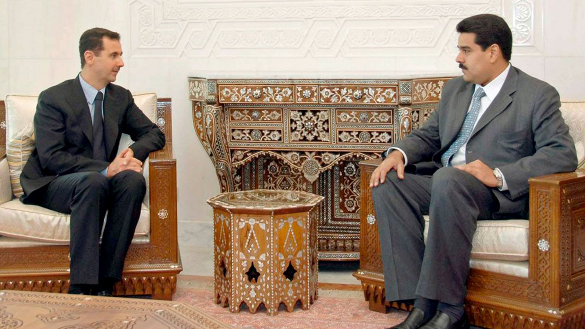 Nicolás Maduro y Bascher el Assad, dictador iraní