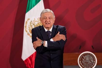 Andrés Manuel Lopez Obrador, presidente de México, acompañado de su gabinete encabezó conferencia de prensa en Palacio Nacional donde se anunció la segunda fase de riesgo de contagio COVID-19. (FOTO: ANDREA MURCIA/CUARTOSCURO)