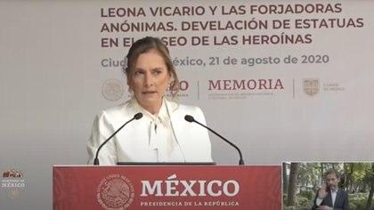 Beatriz Gutiérrez fue nombrada presidenta honoraria del consejo de la Coordinación Nacional de Memoria Histórica y Cultural del país (Foto: Cortesía)