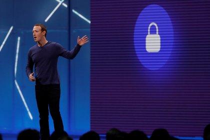 Mark Zuckerberg es un programador y uno de los creadores y fundadores de Facebook. REUTERS/Stephen Lam/File Photo