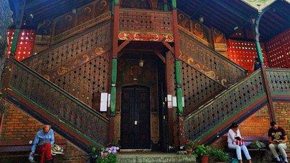 La iglesia actualmente sirve como un Instituto de Teología Ortodoxa (Instagram: @ptimouss65)