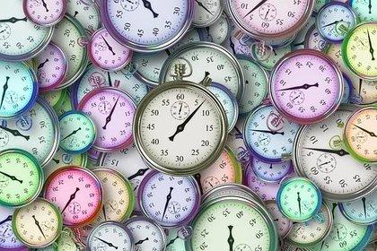 Se recomienda ajustar el reloj el día anterior, antes de ir a dormir  (Foto: Pixabay)