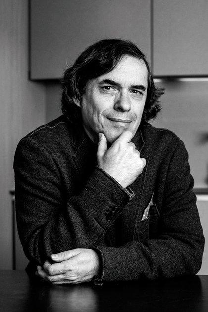 Cărtărescu dijo que en pandemia volvió a escribir poesía después de 30 años de no hacerlo