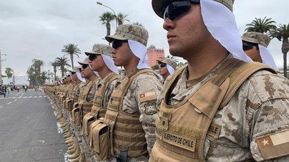 Nuevo escándalo en el Ejército de Chile: dieron de baja a soldados por disparar contra civiles bajo los efectos del alcohol