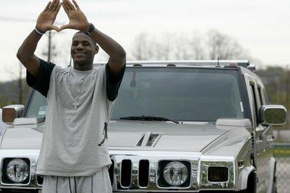 Hay gran expectativa en torno al regreso de Hummer, de la mano LeBron James. (Reuters)