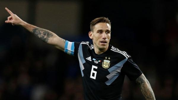 Lucas Bigliacompartiría la zona media con Javier Mascherano en el debut de la Selección argentina (Reuters)