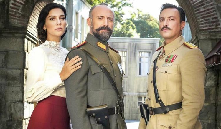 """Mi vida eres tú"", protagonizada por Bergüzar Korel, Halit Ergenç y Onur Saylak"