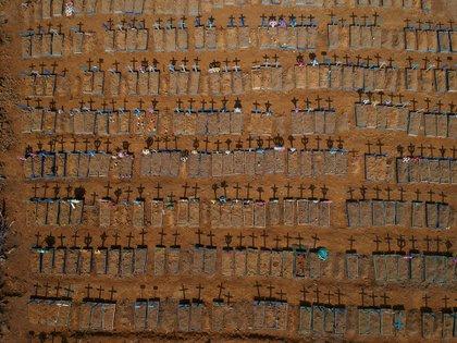 Un cementerio de emergencia para enterrar a las víctimas de coronavirus en Manaos, Brasil (15 de junio)