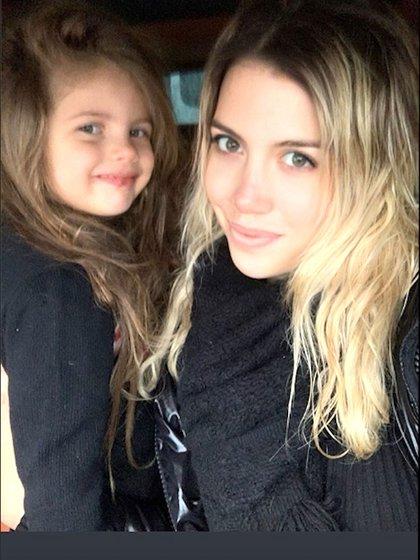 Wanda e Isabella Icardi, en una salida familiar (Foto: Instagram)
