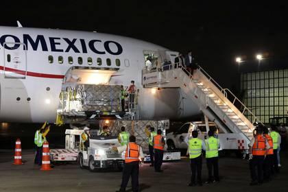 México recompró a un precio varias veces más alto mascarillas protectoras que le había vendido antes a China (Foto: Carlos Carrillo/ Reuters)