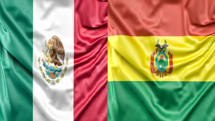 Banderas México y Bolivia