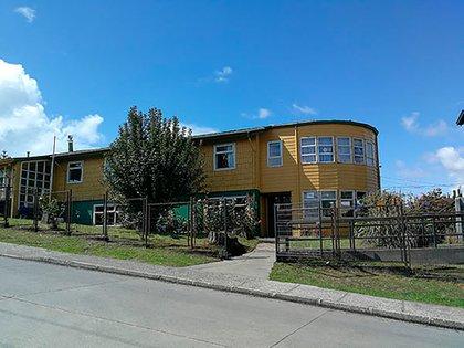 En un hogar de ancianos de Ancud, comuna del sur de Chile, se generó un brote de COVID que pudo ser fatal, sin embargo, al estar vacunados ninguno ha presentado síntomas graves