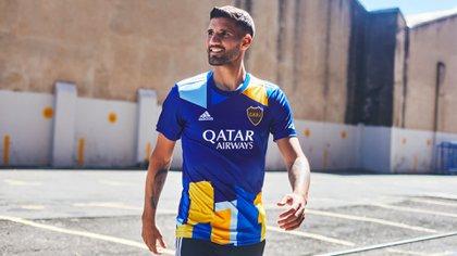 Lisandro López fue una de las caras del plantel para presentar la flamante camiseta de Boca