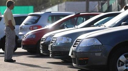 La baja del dólar libre encareció el valor del auto convertido a moneda dura
