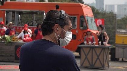Los estudios se han blindado al coronavirus, y en las jornadas de grabación, un policía de la salud llama la atención a quien no cumpla con las medidas preventivas (Foto: Infobae México/ Juan Vicente Manrique)