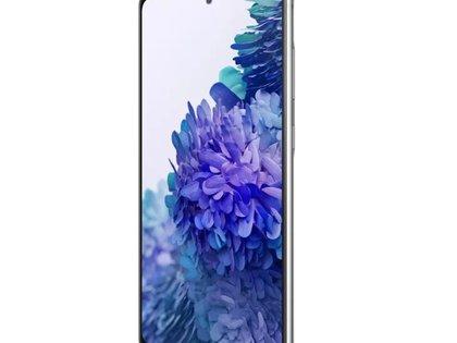 El Samsung Galaxy S20 FE tiene un diseño muy similar al modelo estándar de la gama Samsung S20, con una pantalla plana Super AMOLED de 6.5 pulgadas y una frecuencia de actualización de 120Hz.