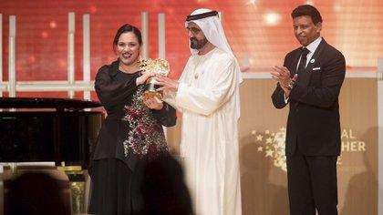 Zafirakou recibe el galardón en Dubái